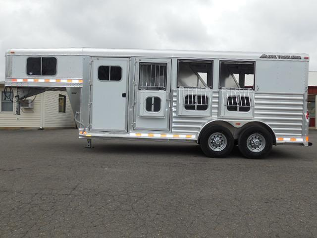 2015 Elite Trailers 3H Mustang Horse Trailer