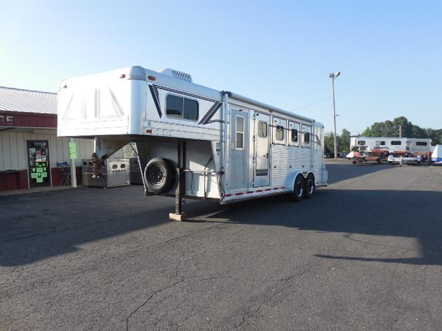 1992 4-Star Trailers 4H SL w/Dress Horse Trailer