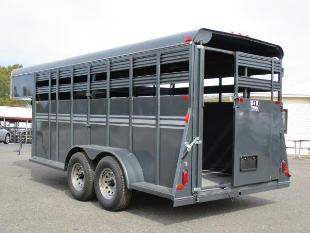 2020 Bee Trailers 16ft Livestock Trailer