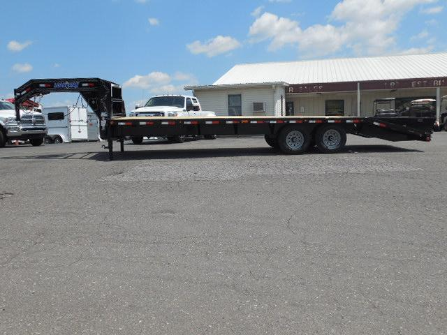 2016 Load Trail 102 x 26 Equipment Trailer