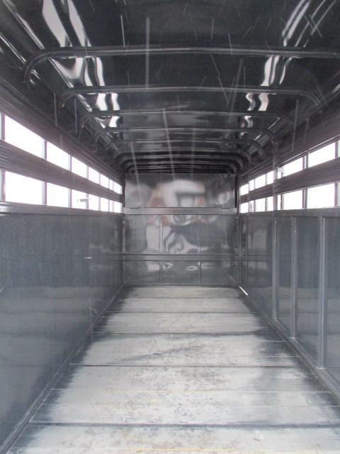 2019 Bee Trailers 16ft Livestock Trailer