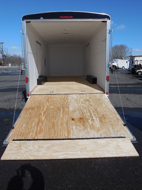 2014 United Trailers 8.5 x 20 Cargo / Enclosed Trailer