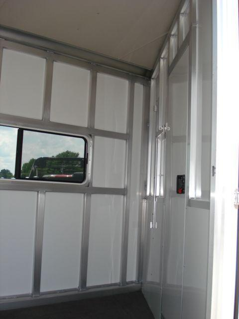 2008 Shadow Trailers 3H SL w/Dress Horse Trailer