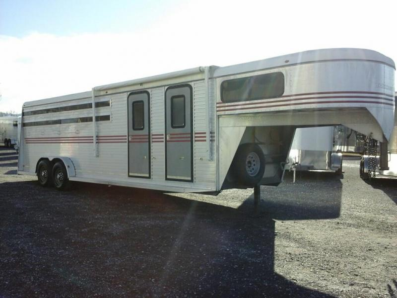 1997 Gore Trailers 5H SL GN Horse Trailer