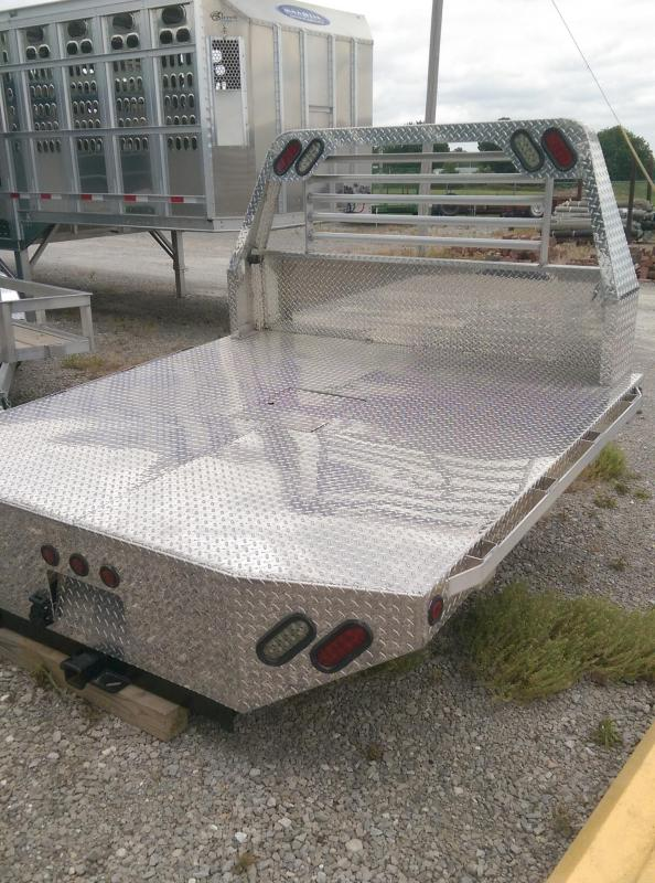 2020 Maxwell Aluminum Crossfire Truck Bed