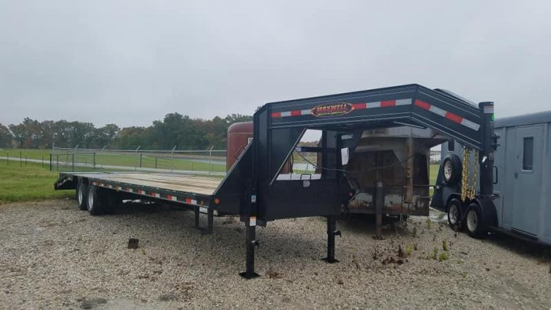 2020 Delco Trailers Gooseneck Lo-Pro Flatbed Equipment Trailer