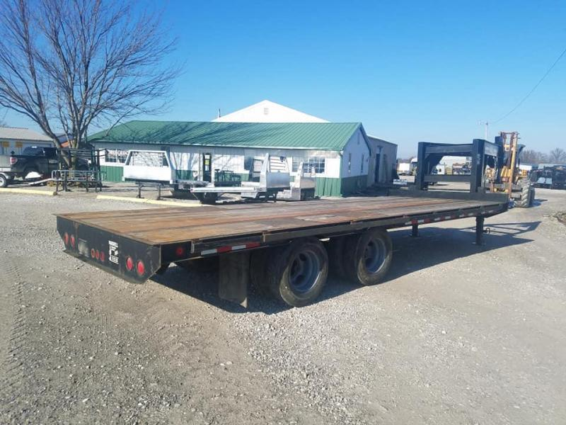 1997 Maxwell Brooks Brothers GN Flatbed Trailer