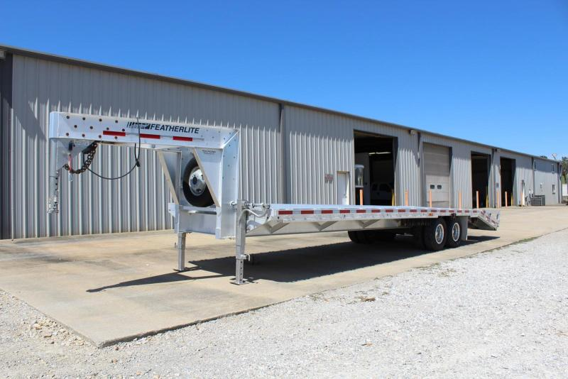 2015 Featherlite 1585-0030 Flatbed Trailer