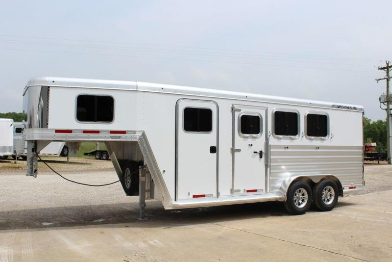 2020 Featherlite 7541-304A Horse Trailer