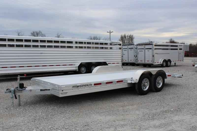 2020 Featherlite 3110-0020 Car / Racing Trailer
