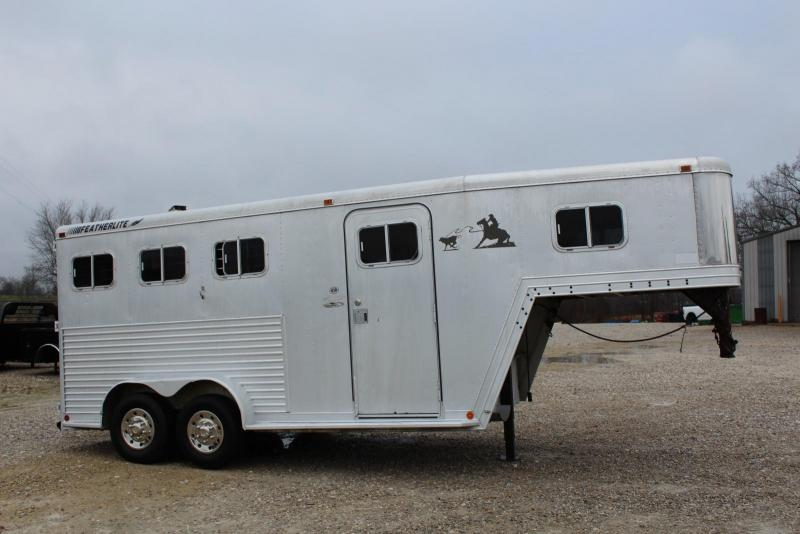 1993 Featherlite 8544 Horse Trailer