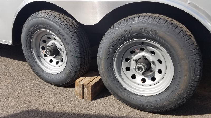 8.5 x 22 Homesteader Intrepid V-Nose Car Hauler 10k