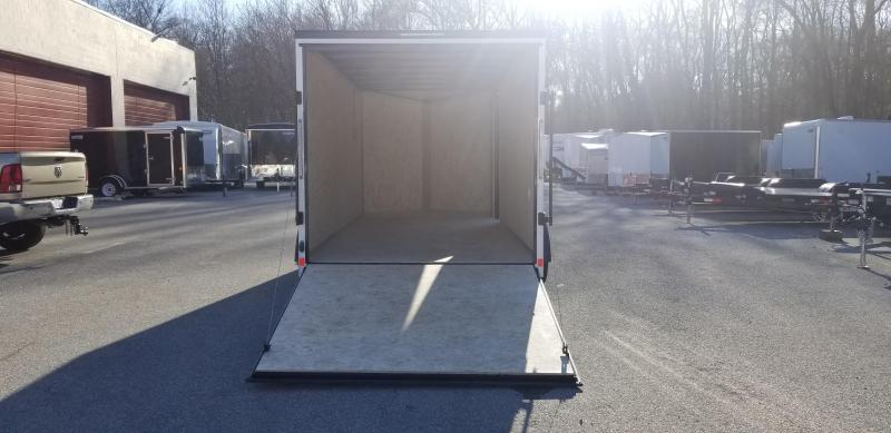 7 x 16 Look Element SE Enclosed Cargo Trailer 7k