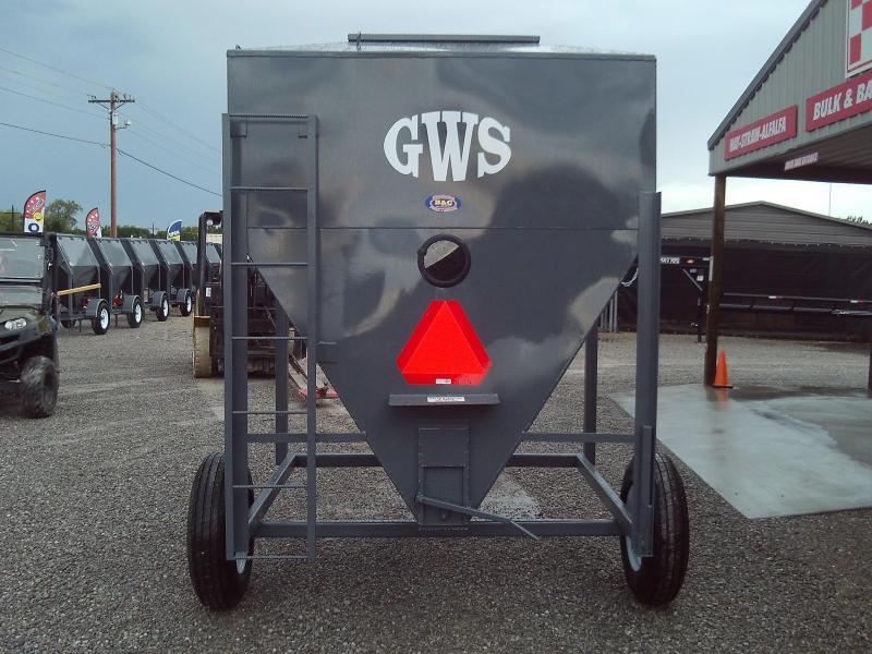 ON SALE!!! 2020 GWS 3 Ton Feed Buggy