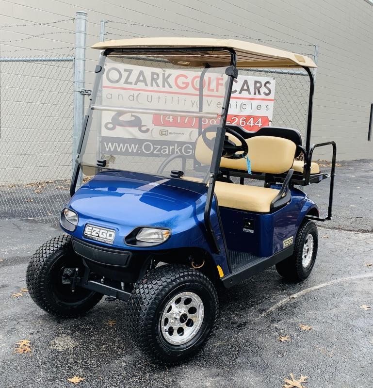 2020 E-Z-GO VALOR-4 PASSENGER-ELECTRIC BLUE EFI (GAS)