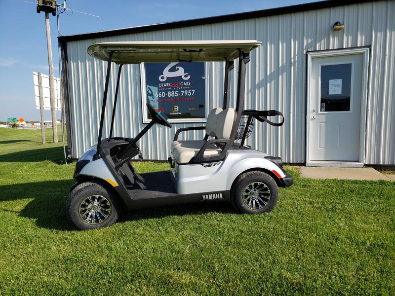 2020 YAMAHA DRIVE 2 QUIETECH PTV-MOONSTONE METALLIC Golf Cart