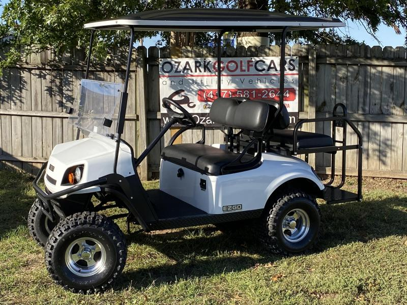 2018 E-Z-GO EXPRESS S4-4 PASSENGER-BRIGHT WHITE (GAS)