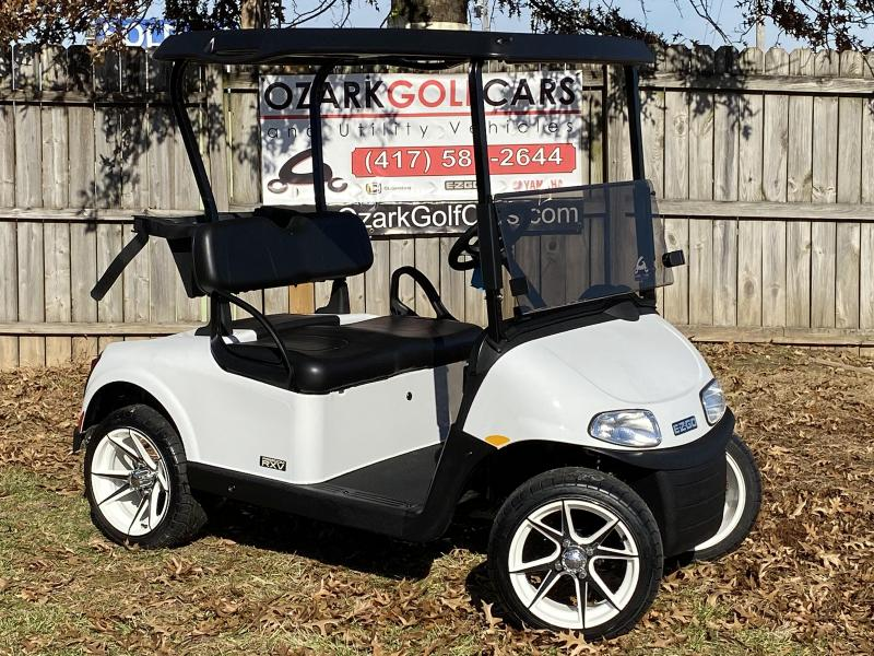 2020 E-Z-GO RXV 48V-2 PASSENGER-WHITE (ELECTRIC)