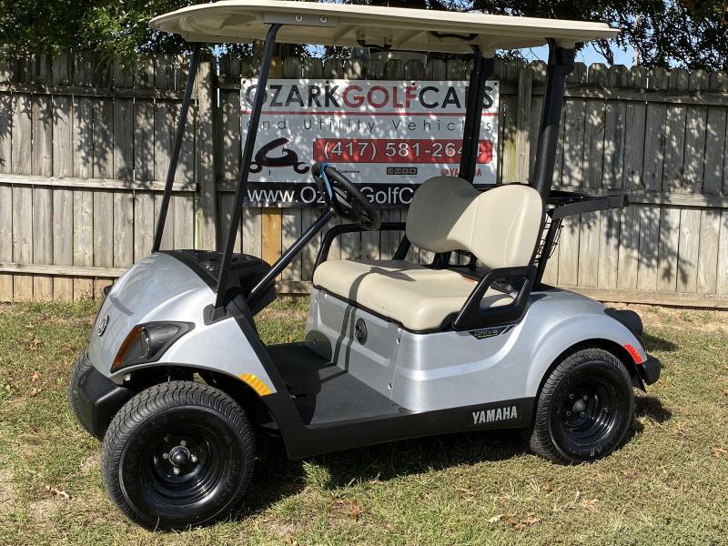 2020 YAMAHA DRIVE 2 AC 48 VOLT PTV-MOONSTONE Golf Cart