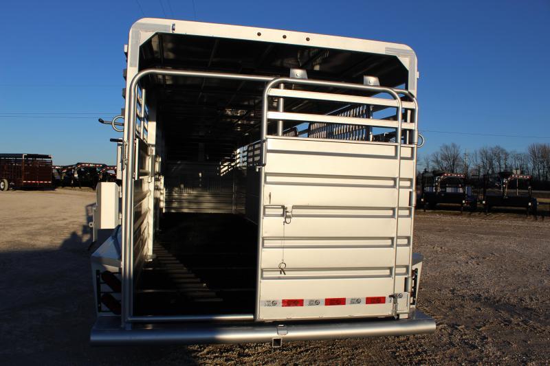 2020 GR Trailers 6.8x32 gooseneck Livestock Trailer