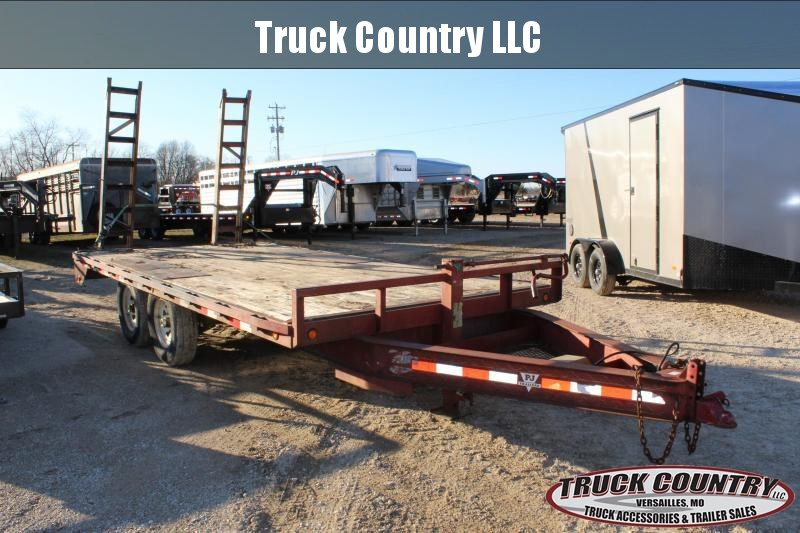 2002 PJ Trailers PD Flatbed Trailer