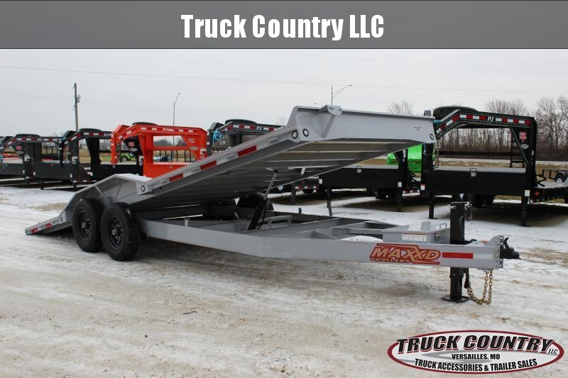 2020 MAXXD T6X 22' power tilt Equipment Trailer
