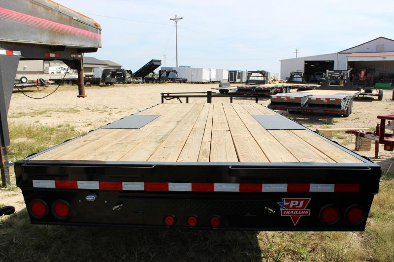 2020 PJ Trailers F8 20 deckover Flatbed Trailer