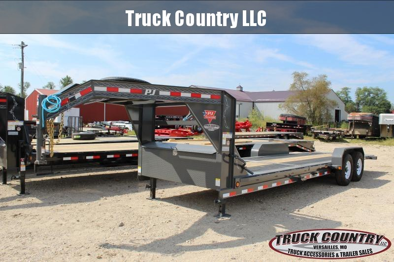 2020 PJ Trailers TJ 24 gooseneck tilt Equipment Trailer
