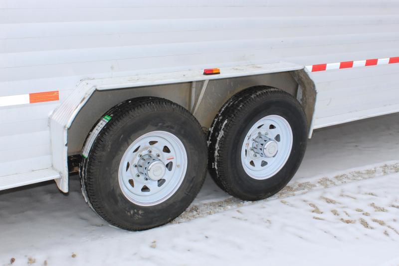 2013 Kiefer Built 6.8x24 gooseneck aluminum Livestock Trailer