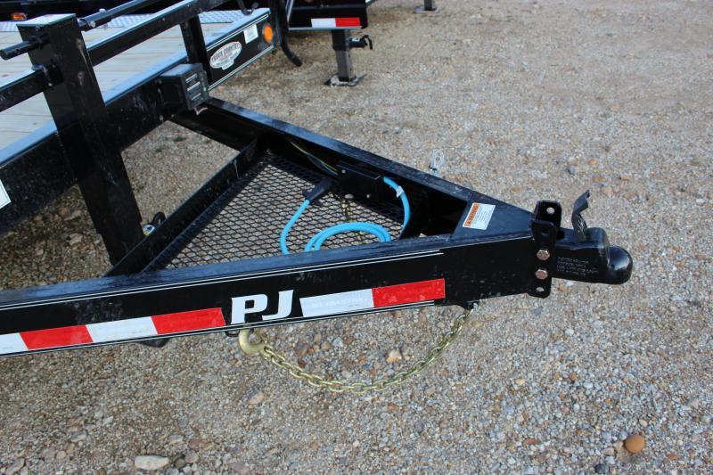 2019 PJ Trailers B6 18' superwide Equipment Trailer