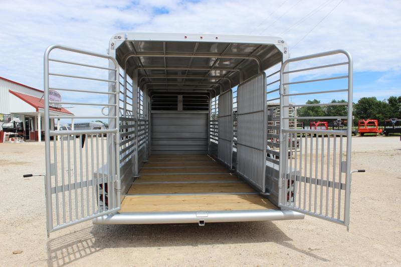 2019 GR Trailers 6.8'x24' gooseneck Livestock Trailer