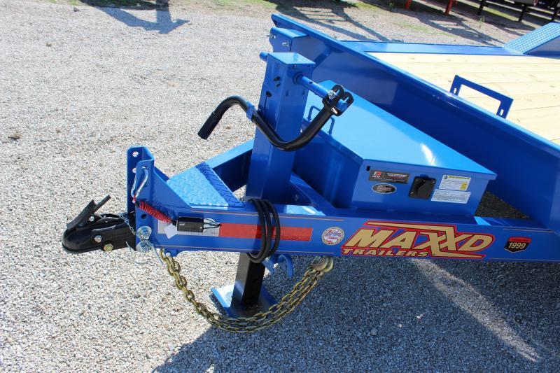 "2020 MAXXD T6X 102""x20' superwide tilt Equipment Trailer"