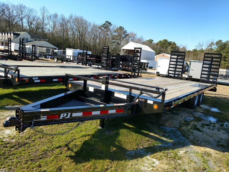 2020 PJ Trailers F8 Equipment Trailer