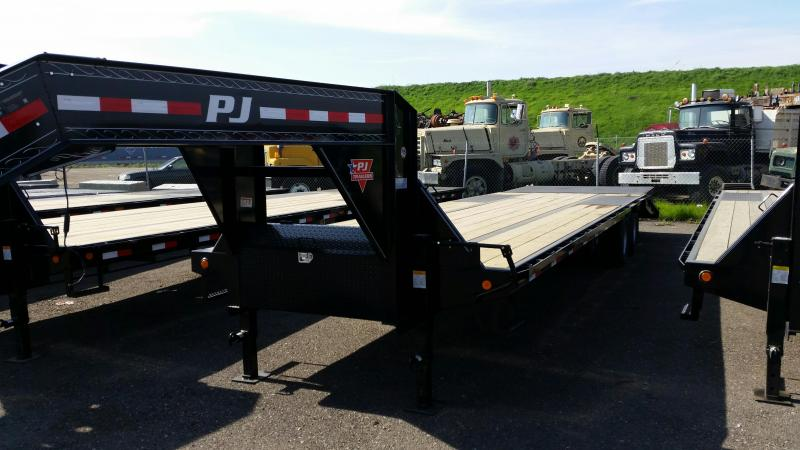 2019 PJ Trailers Low-Pro Flatdeck with Duals (LD) Flatbed Trailer