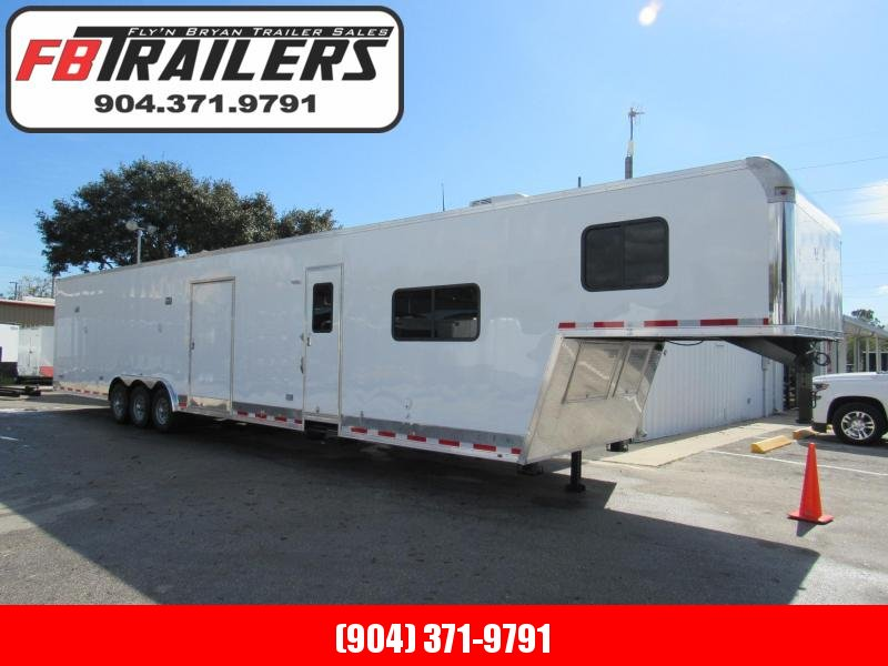 2019  48'  FULL Living Quarters Race Trailer by Vintage