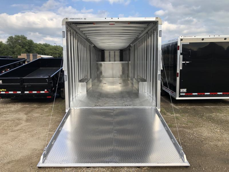 2020 Featherlite 8'6 X 32' Gooseneck Car / Racing Trailer