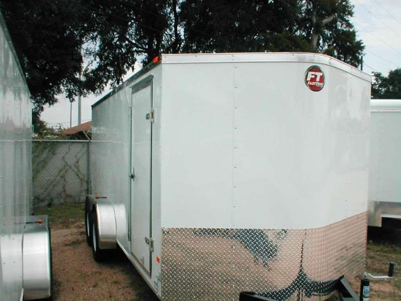 Wells Cargo FT7162 Cargo / Enclosed Trailer
