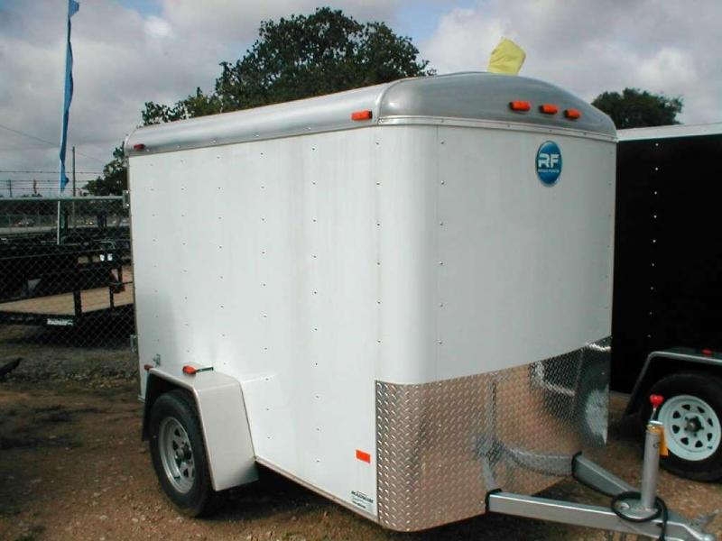 Wells Cargo RF5X81-R Cargo / Enclosed Trailer
