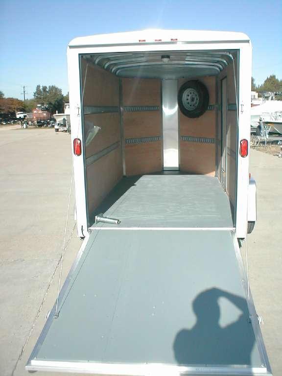 Wells Cargo RF6X121-R Cargo / Enclosed Trailer