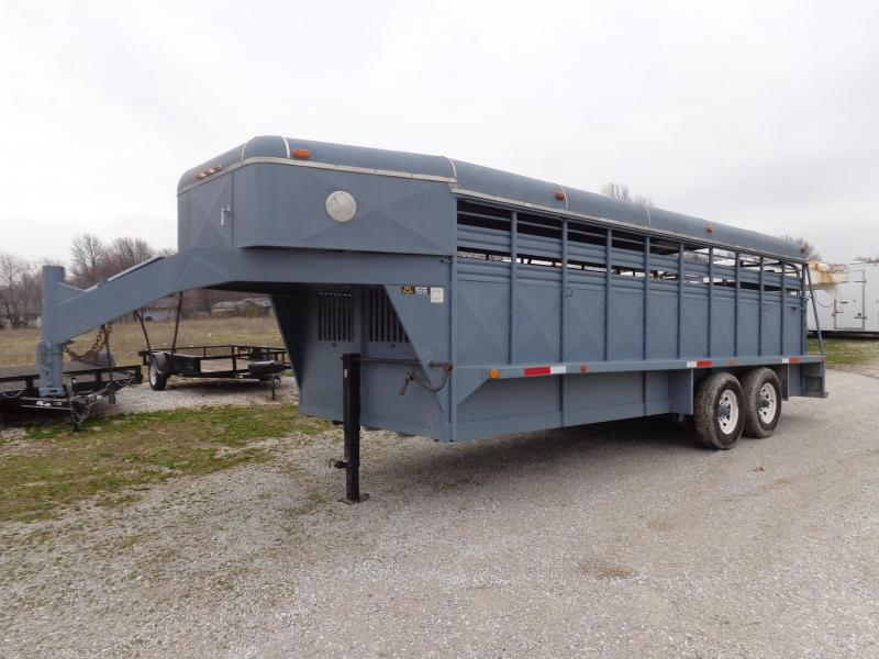 USED 1992 Coose 20 x 6'8 Livestock Stock Trailer