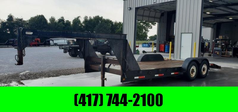 1998 D&W 83X18(16+2) TANDEM 10K GOOSENECK W/10 PLY TIRES & PULL OUT RAMPS