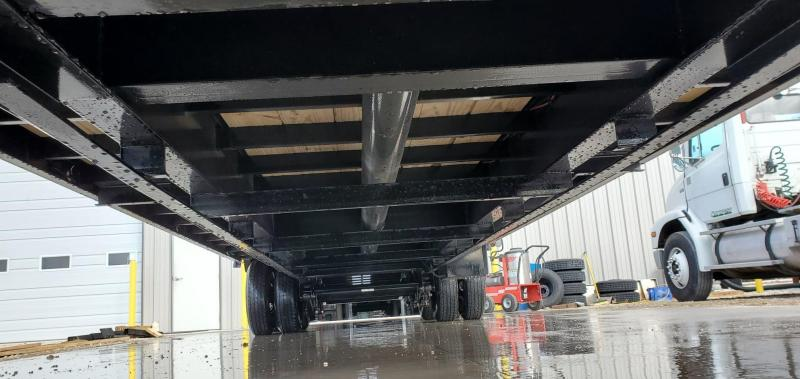 2020 Load Trail 102X32 TANDEM LO-PRO GOOSENECK W/ 12K HYD DISC TORQUE TUBE UNDER BRIDGE & MAX RAMPS