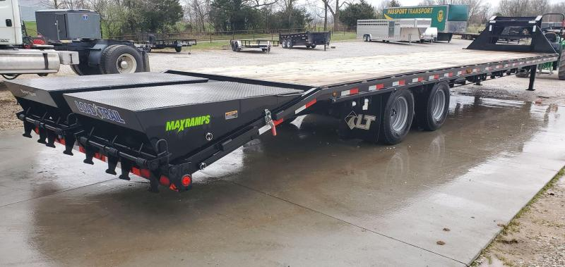 """2020 Load Trail 102x40 GOOSENECK W/12K DISC AXLES(48"""" SPREAD) AIR RIDE 2 SPEED JACKS MAX RAMPS DUNNAGE RACK LOCKABLE CHAIN RACK ADJUSTABLE RATCHET RAIL 14PLY TIRES"""