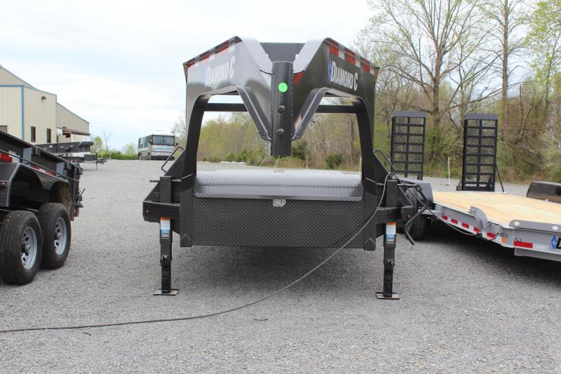 2019 Diamond C Trailers FMAX207 Equipment Trailer