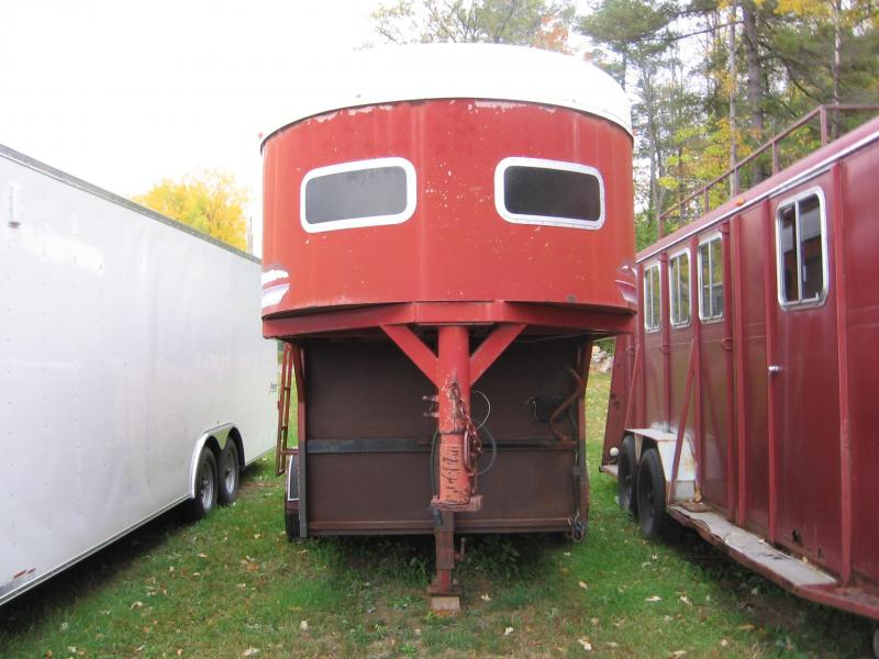 1995 Other McBride 2H-GN Horse Trailer