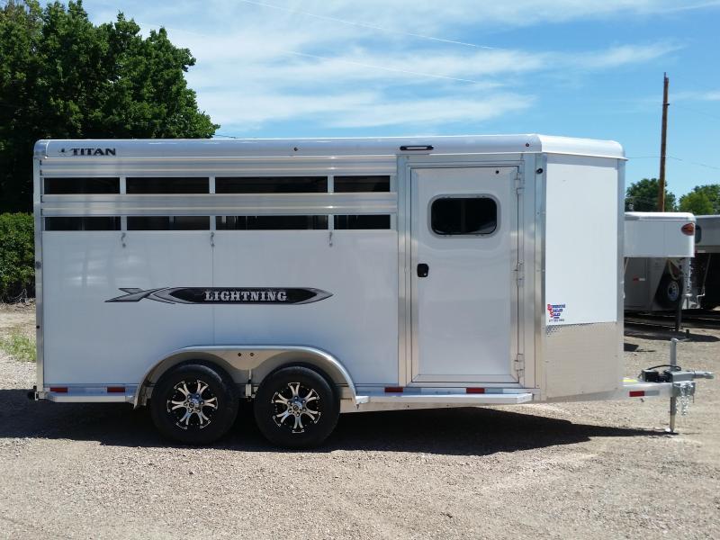2019 Titan Trailers LIGHTNING 3 HORSE BH Livestock Trailer