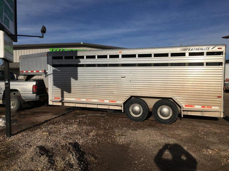 1998 Featherlite 20' STOCK Livestock Trailer