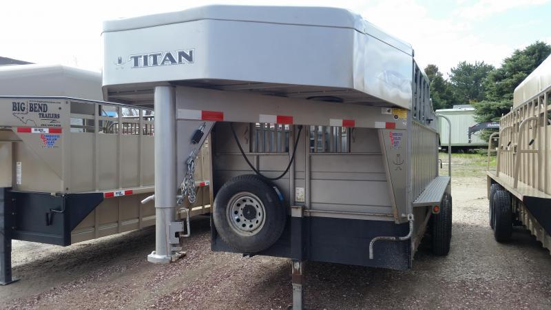 2015 Titan Trailers 16' HALF TOP Livestock Trailer