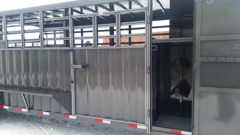 2020 Titan Trailers 24' EL RANCHEO Livestock Trailer