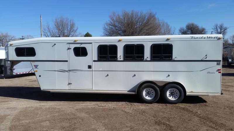 2005 Trails West CLASSIC 3 HORSE Horse Trailer